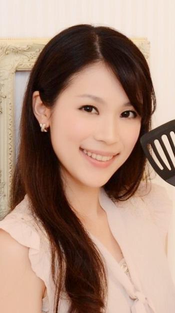 豊田 麻子